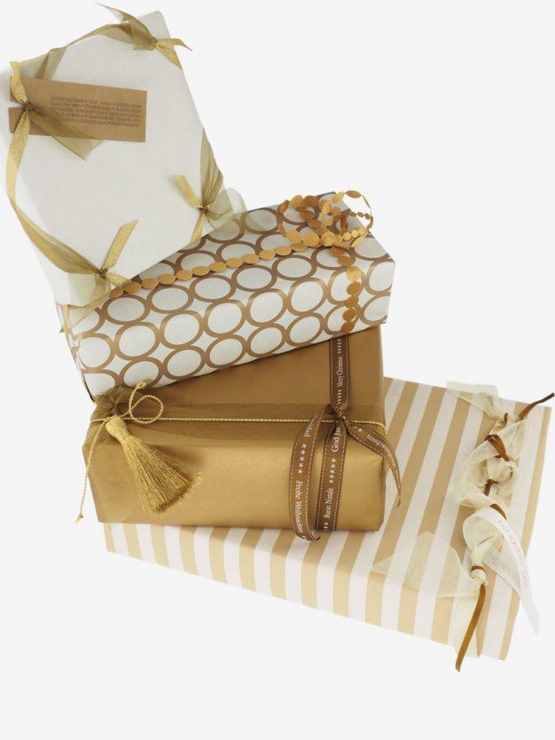 geschenkpapierpaeckchen-creme-uni