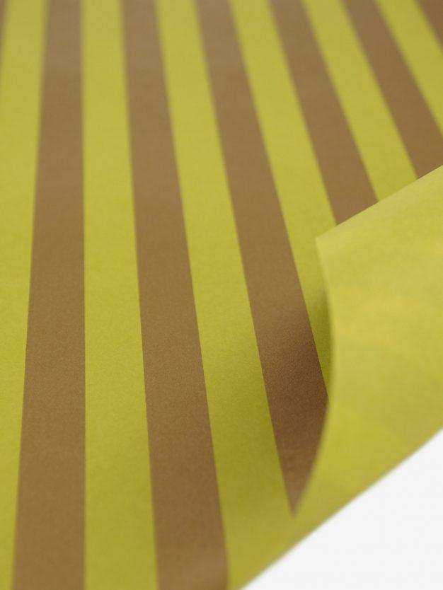 geschenkpapierbogen-gelb-olivgruen-mit-streifen-gold