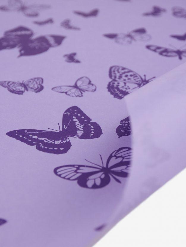 geschenkpapierbogen-veilchen-mit-schmetterlingen-lila