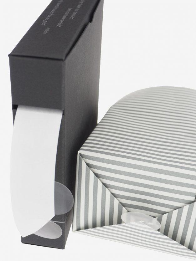 klebepunkte-einseitig-klebend-transparent-unauffaellig-schoen