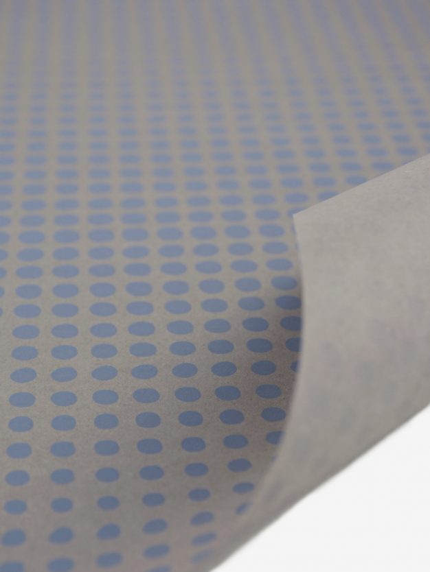 geschenkpapierbogen-taupe-mit-punkte-blau
