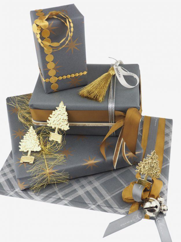 geschenkpapierpaeckchen-anthrazit-mit-sterne-gold