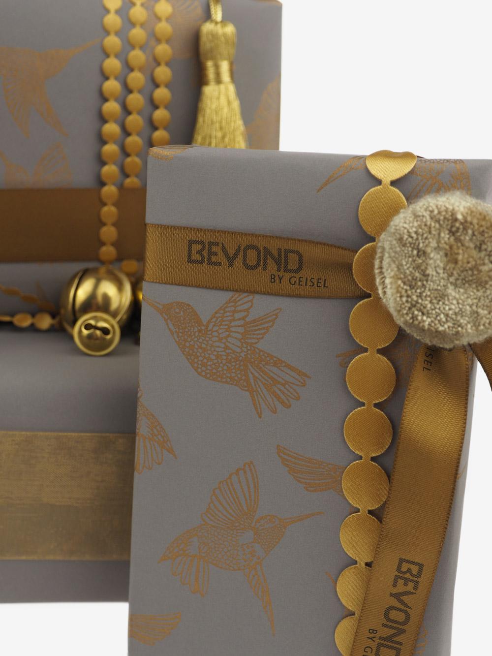Geschenkpapier; Kolibri; taupe; greige, grau