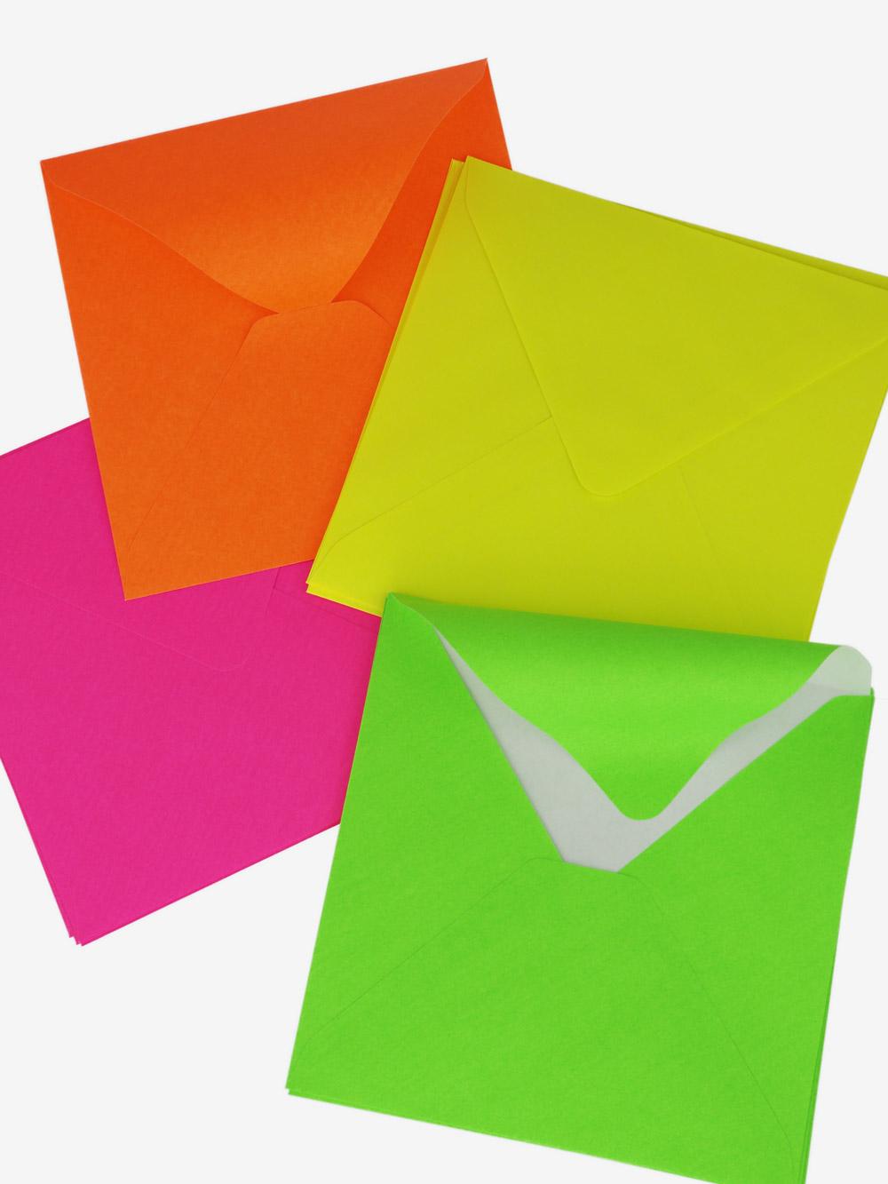 Briefumschlag; Geschenkumschlag; Gutschein; neon