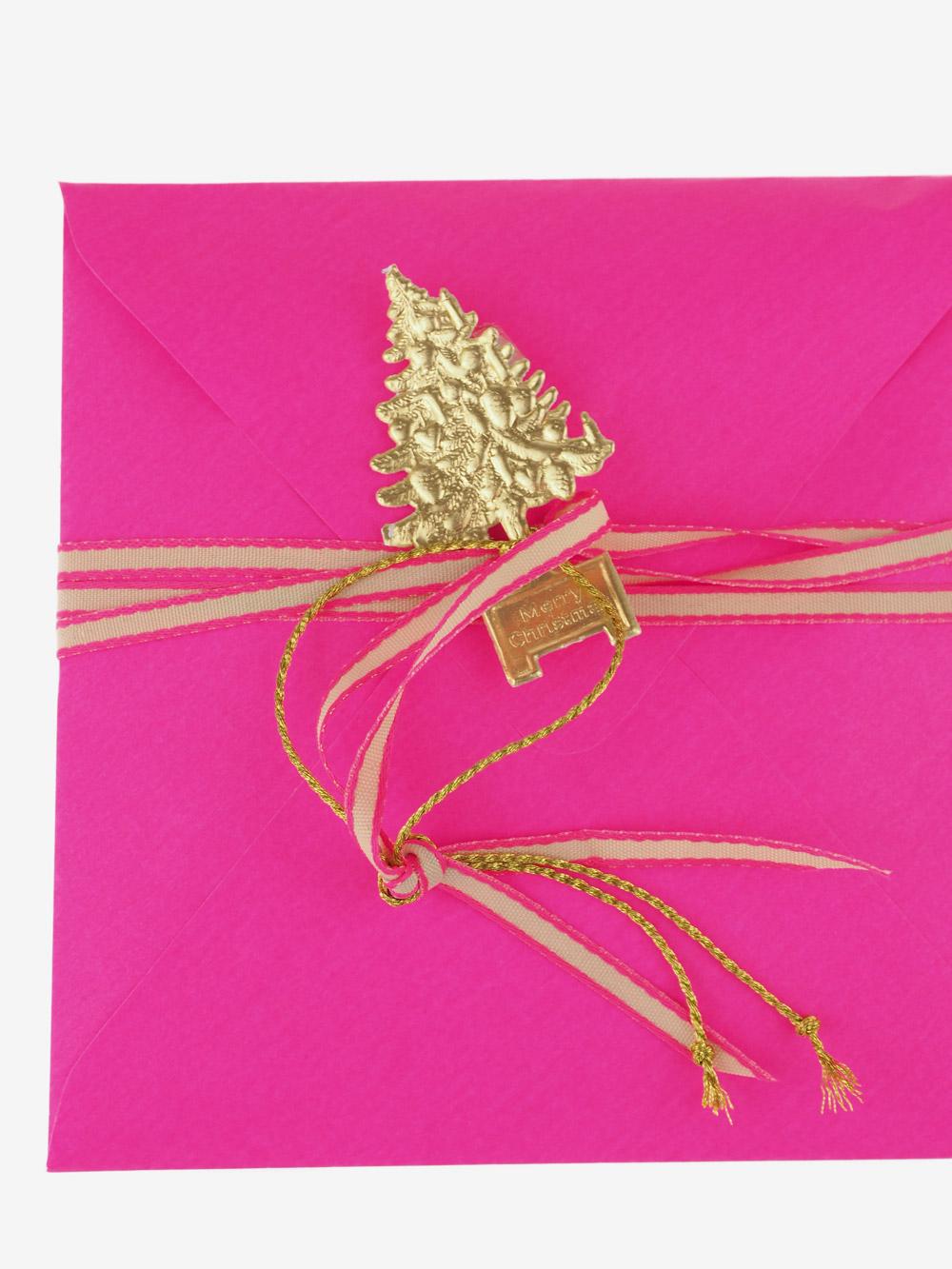 Briefumschlag; Geschenkumschlag: Gutschein; neon pink